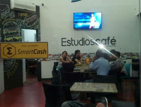 Estudios Café